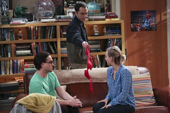 """The Separation Oscillation"" -- Leonard (Johnny Galecki, left) confronts the woman he kissed on the North Sea in an attempt to set Penny's (Kaley Cuoco-Sweeting, right) mind at ease. Also, Sheldon (Jim Parsons, center) films a special episode of ""Fun with Flags"" after his breakup with Amy, on THE BIG BANG THEORY, Monday, Sept. 28 (8:00-8:31 PM, ET/PT), on the CBS Television Network. Photo: Michael Yarish/Warner Bros. Entertainment Inc. © 2015 WBEI. All rights reserved."