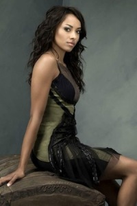 Bonnie-bennett-and-the-vampire-diaries-profile